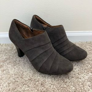 Clarks Artisan Taupe Suede Booties - Size 8.5